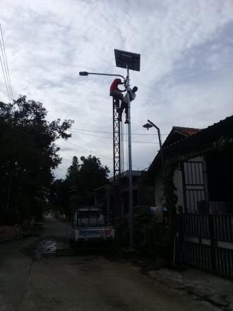pemasangan lampu mercuri